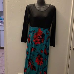 Dresses & Skirts - Black and Turquoise flowered Maxi Dress
